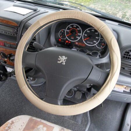 beige leather steering wheel paugeot (1)